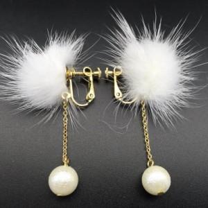 パールチャームファーイヤリング 1ペア 両耳 ミンクファー 真珠 モコモコ イヤリング イヤークリップ フェイクピアス レディース 穴あけ