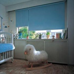 部屋 快適 カラー 色 簡単 カーテン 取り付け 日差し タチカワ TIORIOティオリオ ロールスクリーン遮光2級防炎180×220cm