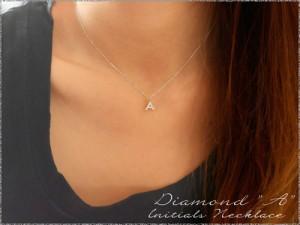【送料無料】【A】イニシャル ネックレス ダイヤ レディース ダイヤモンド 華奢 k18 ペンダン