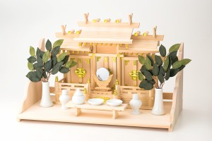 神棚 屋根違い三社 なごみ(小)大和棚板セット【送料無料】の画像