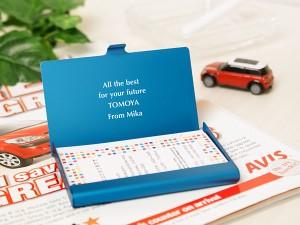 【ファッションを父の日に贈る】【名入れ父の日】【彼へ贈るバレンタイン】【名入れ無料】カードケース アルミニウム ブルー 名入れ