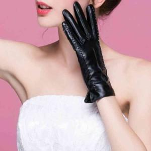 スマホ 手袋 レディース 暖かい 赤 かわいい 革 黒 スマートフォン対応 タッチパネル対応 紫 パープル ふわふわ 冬 リボン
