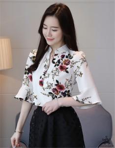 [55555SHOP]18年新作登場?限定発売?高品質で?韓国ファッション   Vネック   レーヨン   トップス  半袖    細身