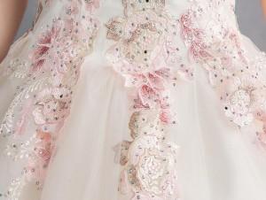 ウェディングドレス ロングドレス チュール 刺繍花柄 きれいめ ブライダルドレス 花嫁 結婚式 おしゃれ 編み上げ