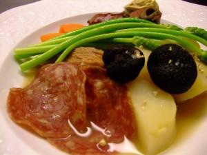 フランス・イタリア産 冷凍黒トリュフ (冬)100g