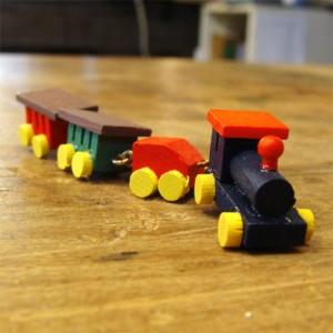 [メール便可] Kimmerle キマール社 クリスマス 木製オーナメント 汽車 〜ドイツ・キマール社のキュートな汽車の木製オーナメント