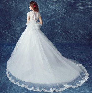 結婚式ワンピース お嫁さん 高級刺繍 豪華な ウェディングドレス 蝶結び付き チュールスカート 花嫁 ドレス マキシドレス 白ドレス