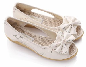夏用 サンダル 花柄 洒落な 麻素材 ペタンコ フラットシューズ チャイナ スニーカー 靴 快適