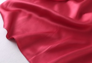 華やかなレッドカラーが人目を惹くシルク&サテンワンピースドレス★ウエストリボン付き ah-0147