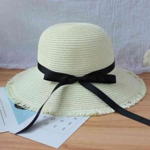 送料無料帽子レデイース春 夏収納 麦わら帽子 リボンつき 折りたたみ可 つば広ハット 女性用サンバイザー 飛ばないナチュラルブリ