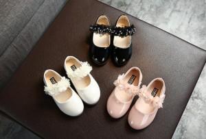 フォーマルシューズ キッズサンダル フォーマル靴 子供 靴 子供シューズ 革靴 女の子 ジュニア 結婚式 卒園式 通学 リボン キラキラ