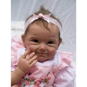 32c297bed01df リボーンドール リアル赤ちゃん人形 ベビー人形 ハンドメイド海外ドール 衣装と哺乳瓶・おしゃぶり