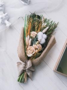 ドライフラワーブーケ ローズ キワタ 花束 花 プレゼント ギフト お洒落 カワイイ 天然素材 フラワー ボックス 観葉植物