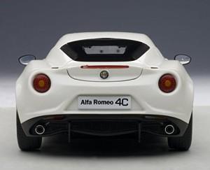 AUTOart 1/18 アルファロメオ 4C (ホワイト)