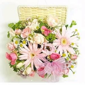【誕生日】 【花】 【送料無料】パステルピンクのやわらかいアレンジ【女性】