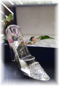 名入れガラスの靴 シンデレラ 送料無料 スワロフスキー無料【シンデレラのガラスの靴】誕生日プレゼント・結婚祝い・プロポーズ
