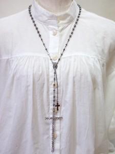 【送料無料】 ネックレス クロス 十字架 ロザリオ キリスト ブラック 黒 ロック V系 バンギャ