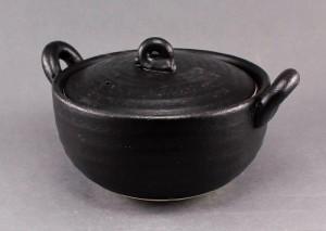 瀬戸焼 一人用土鍋 黒釉  太 12cm土鍋