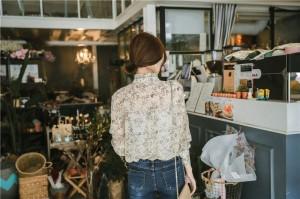 襟フリル花柄ブラウス スタンドカラー 長袖 ベージュ 5264