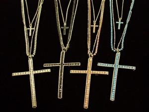 【送料無料】 クロス 十字架 ロザリオ キリスト 黒 ブラック ロック ゴスロリ V系 千均・N-3417-2