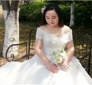 高品質 お得ベール パニエ グローブ付  大きいサイズ ウェディングドレス マタニティ トレーン オフショルダー 結婚式 披露宴 BH002