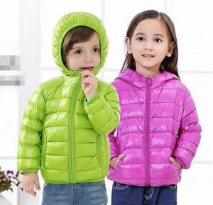 2点送料無料ダウンコート軽量ダウンジャケット キッズ 男の子 ダウンーパーカ女の子 キルティングダウン子供ダウンコート冬フード8色