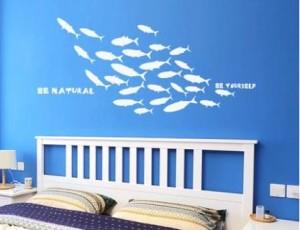 ウォールステッカー お魚のシルエット 魚群 マリン風 英語のメッセージ (ホワイト)