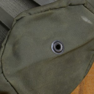 軍放出品 ボトルポーチ 1QT オーストリア軍[sis1006]