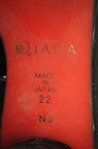 DIANA(ダイアナ) キャラクターエナメルパンプス サイズ[22] レディース パンプス 【中古】【ブランド古着バズストア】【281216】