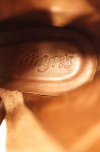 amyris(アミリス) フリンジヒールブーティー サイズ[S] レディース ブーツ 【中古】【ブランド古着バズストア】【141015】