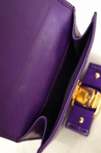 サルヴァトーレフェラガモ Salvatore Ferragamo 二つ折り財布 サイズ表記無 レディース 【中古】【ブランド古着バズストア】