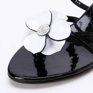 エレガンス卑弥呼(elegance himiko)/《飾りは取り外しできます》フラワーモチーフトングサンダル/273003