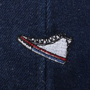 ライトオン(キッズ)(Right−on)/【CONVERSE】スニーカー刺繍ベースボールキャップ  キッズ
