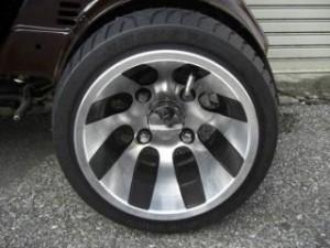 スパンキーズ SPUNKYS スクータータイヤ ツートン・アルミホイール・扁平タイヤ