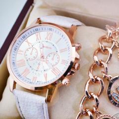腕時計 うで時計 時計 可愛い かわいい おしゃれ オシャレ お洒落 ベルト 革ベルト 針 アナログ 文字盤 ピンクゴー