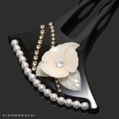 礼装 かんざし「黒色 花モチーフ飾り付き」簪 パールビーズ ラインストーン 訪問着 留袖に 結婚式 (CM307クロ)