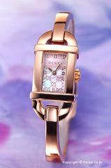 GUCCI グッチ 腕時計 レディース 6800シリーズピンクパール(GGパターン) バングル YA068583