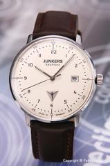 ユンカース 腕時計 バウハウス デイト ベージュ/ブラウンレザー 6046-5QZ