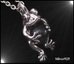 カエルのペンダント(1)ガーネット メイン シルバー925 ペンダント 動物 銀 ペンダントトップ ネックレス メンズ レディース カエル オニ