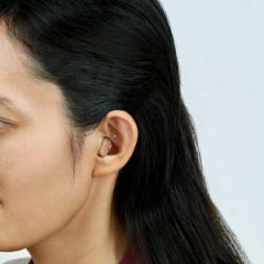 【送料無料!ポイント2%】超コンパクト集音器イヤーミニ 1個  耳にスッポリで目立たない!超軽量コンパクト集音器!