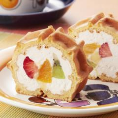 父の日 ケーキ スイーツ くるくるワッフル「フルフルフルーツ」(ロールケーキ)
