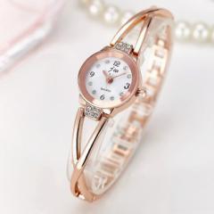 【メール便送料無料】jwクロスライン ブレスレット レディースファッション腕時計  新品予備電池サービス ストーン ぽっきり
