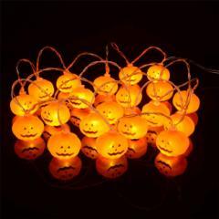 ハロウィンを盛り上げるインテリア照明 20球
