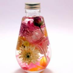フラワーハーバリウム   春色アレンジ   ディアドロップガラスボトル 記念日 母の日ギフト  花ギフト 花母の日