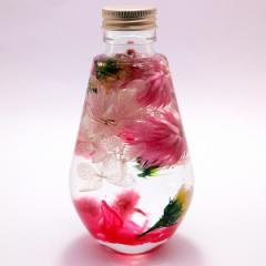 フラワーハーバリウム  可憐なピンクの乙女アレンジ  ディアドロップガラスボトル 記念日 花母の日 花ギフト