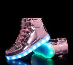 ローラーシューズ★ 光る靴 LED内蔵 子供 成人 ローラースケート/キッズ/スポーツ用品/男女兼用 多色選択可能 ダンス靴 舞台靴