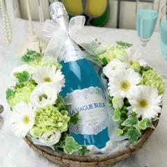 送料無料 うっとりするほど美しい青色スパークリング ラ・ヴァーグ・ブルー×清らかで爽やかなアレンジ 誕生日プレゼント 女性