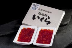「銀聖 醤油漬いくら (新物)」北海道日高沖産 150gx2 プラ化粧箱入 ※冷凍 送料無料