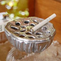 アジアン雑貨 蓮の花托をモチーフにしたオシャレなアルミ製灰皿