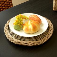 柳で編まれた丸いお盆トレイ チャージャープレート